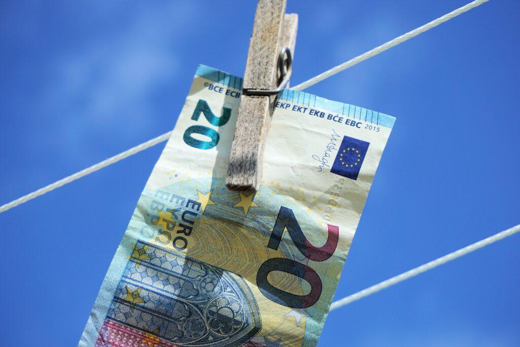 Seminar Anti-Money Laundering Update 2020